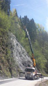 Kranarbeiten_10, Kran, Kranarbeiten, Egger Transporte, Gebirge, Steinschlagschutz, Effer
